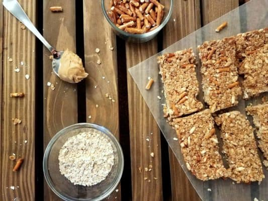 No-Bake Peanut Butter Oatmeal Granola Bars
